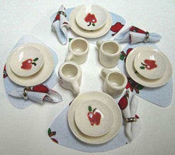 Dollhouse Miniature 4 Dinner & Dessert Plates, Mugs, Placemats and Napkins