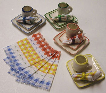 Dollhouse Miniature Square Dinner Set, Place, Nap - Fiesta Rim