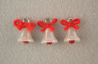 Dollhouse Miniature 3 White Bells W/Red Bow
