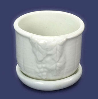Dollhouse Miniature Porcelain Planter W/Saucer 1Pc