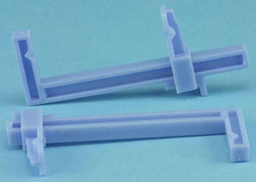 Dollhouse Miniature Small Plastic Clamps, Carded, 2/Pk