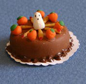 Dollhouse Miniature Cake, Ghost