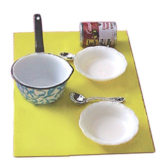 Dollhouse Miniature Soup with Pan, Bowls & Spoons