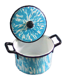 Dollhouse Miniature Kettle with Lid/Flow Blue