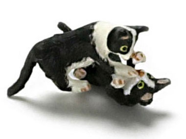 Dollhouse Miniature Playing Kittens