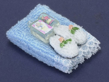 Dollhouse Miniature Towel Set, Blue, with/Lotion