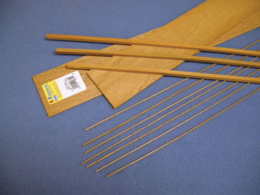 Dollhouse Miniature Mahogany Stripwood 3/16 X 3/16, 25/Pk