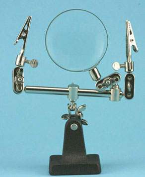 Dollhouse Miniature Extra Hands With Magnifier, Carded