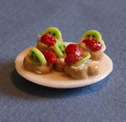 Dollhouse Miniature Tarts, Kiwi Strawberry